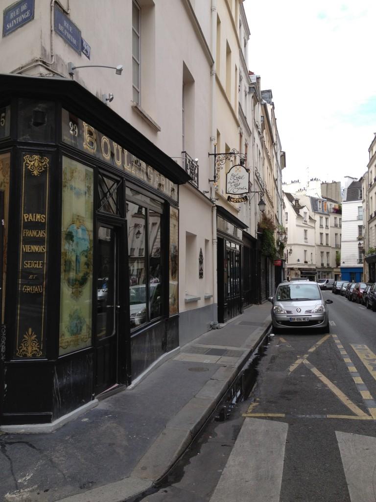 The empty streets of Paris
