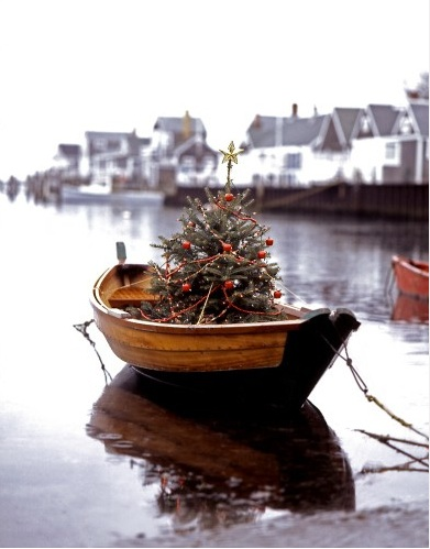 Christmas tree boat