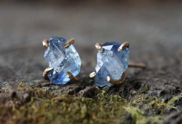 Rough sapphire earrings by Alexis Russell
