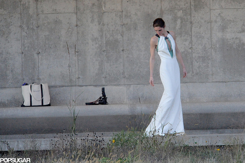 Hilary-Rhoda-Wedding-Dress